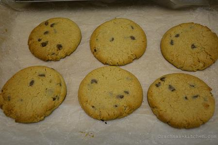 eggless chocolate chip cookies step-10