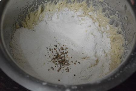 mawa-cake-steps-4